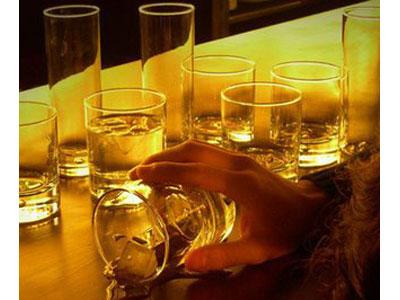Montante de alcoolismo de álcool